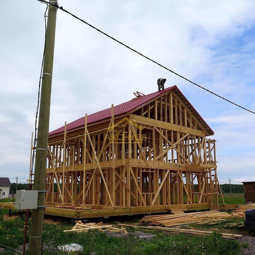 Каркасный дом на стадии строительства
